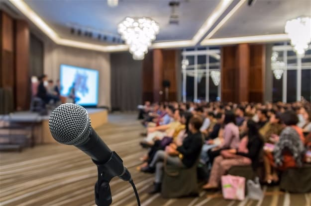 Attract High-Quality Clients | Create Profitable Live Events With Small Audience