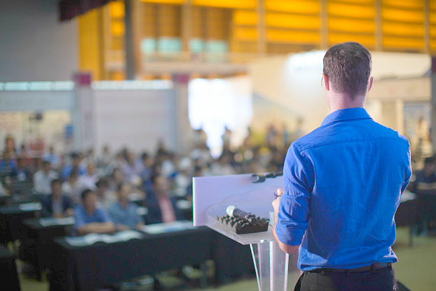 Get High-Quality Attendees | Superstar Speakers How To Make Six Figures At Your Next Seminar