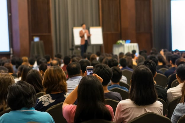 Speaker Training Tip #7: Deliver Your Content And Tell Them What To Do | Superstar Speaker Training | What To Do When No One Says Yes To Your Offer