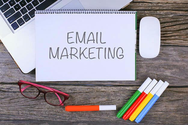 Email Marketing | 7 Successful Marketing Campaign Tips To End The Year